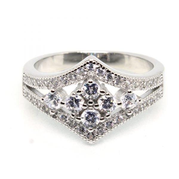 925 Sterling Silver Ring 3.480 g